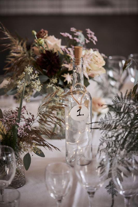 Bordpynt blomster til bryllup